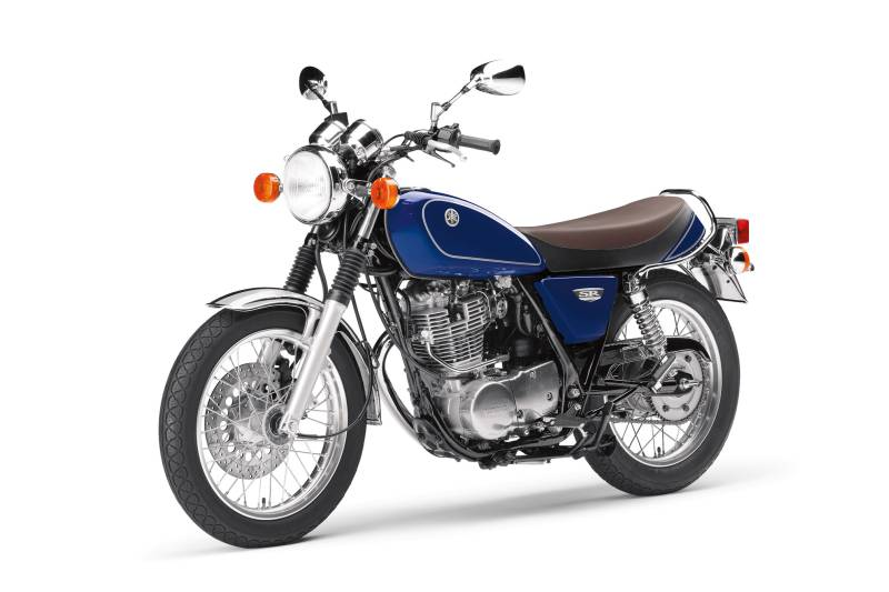 Factory release image of 2018 version of Yamaha SR400 in blue colour